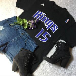 💜🖤Adidas Sacramento Kings cousins t shirt🖤💜